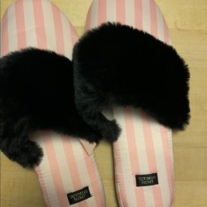 Victoria's Secret Slippers NWT